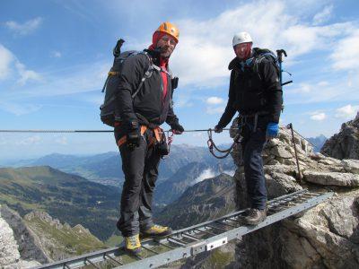 Harry und ich auf der Leiterbrücke im Mindelheimer Klettersteig